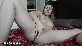 Zoey Taylor in Masturbation Movie - AmKingdom